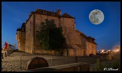 Lieutenance de nuit (o.penet) Tags: honfleur batiments architecture nuit longexposure normandie penet nikon