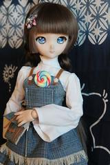 Lollipop... (Ninotpetrificat) Tags: lollipop doll dd dollfiedream dollfie dollclothes ddh10 denim dress volks vestido vaquero cute kawaii piruleta mdd muñeca japantoys japandoll juguete puppe asiandoll anime toys