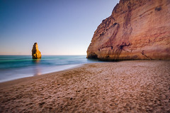 Carvalho Beach 1480 (_Rjc9666_) Tags: algarve beach carvoeiro coastline colors island lagoa landscape longexposition nikond5100 places portugal praia praiadocarvalho rock sandybeach sea seascape sky tokina1224dx2 tourisme travel viagem tourism ©ruijorge9666 2366 1480
