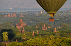 Bagan hab 4 (Neal J.Wilson) Tags: asia asian burma burmese myanmar bagan hot air balloon ballooning flying temples buddhism buddisttemples stupa