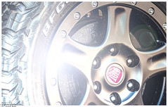 Fiat (Reto Previtali) Tags: cars fiat auto schrauben muttern licht hell technik beschriftung detail farben color bremsen nikon nikkor digital flickr macro