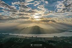 觀音山耶穌光 (Yu-Chu Lien) Tags: dji mavic mavic2 mavic2pro m2p drone aerialphotography 空拍 空拍機 航拍 小坪頂 觀音山 雲海 天境360 晨昏 夕陽