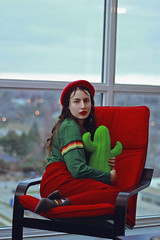 Dani, 2018 (TheJennire) Tags: photography fotografia foto photo canon camera camara colours colores cores light luz young tumblr indie teen adolescentcontent red green beret toronto canada 2018 winter stripes fashion ootd outfit makeup retro 90s 50mm cactus plushie