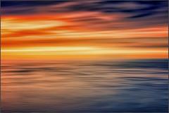 Onda su Onda (Gio_guarda_le_stelle) Tags: seascape colors sunset sky sea water clouds sera quiete stripes waves onde nuvole