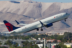 N836DN (rcspotting) Tags: n836dn boeing 737900 delta air lines las klas