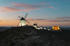 (JuanCarViLo) Tags: consuegra wind mill medieval castle sunset dawn night mancha toledo spain landscape town rural pueblos españa quijote cervantes saavedra molinos atardecer