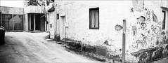 bei Hempels (fluffisch) Tags: fluffisch darmstadt bessungen hasselblad xpan panorama 45mmf40 rangefinder messsucher analog film adox cms20ii