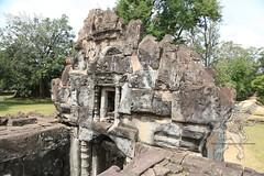Angkor_Bakong_2014_17