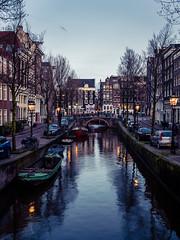 A0153091 (rpajrpaj) Tags: amsterdam city netherlands nederland nederlandvandaag bluehour thebluehour cityscape citylights