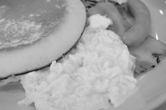 breakfast pancake scramble egg, bacon, sausage RICOH GR 17 (HAMACHI!) Tags: tokyo 2019 japan ricoh ricohgriii ricohimaging ricohgr gr gr3 griii loadtest cameratest monochrome blackandwhite shibuya breakfast pancake scrambleegg