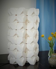 TriCubes - Crosslamp (pia miller) Tags: origami sonobe cube paperart