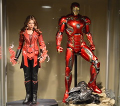 Scarlet Witch + Mark 45 (becauseBATMAN) Tags: scarlet witch wanda maximoff hot toys 16 iron one man sixth armor age ultron avengers red gold new aou figure stand display ikea detolf hall tony stark mark 45 43 42 40 hex elizabeth olsen art collector exclusive 1 6