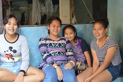 pretty sisters (the foreign photographer - ฝรั่งถ่) Tags: four girls women sisters khlong lard phrao portraits bangkhen bangkok thailand nikon d3200 sitting