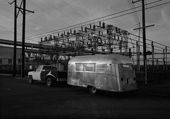 Silver Streak, Portland (austin granger) Tags: silverstreak portland oregon trailer aluminum rv transformer topography street dusk pickup film gsw690
