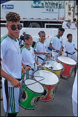 Banda Quilombo Livre (wilphid) Tags: bonfim lavagemdobonfim comercio cidadebaixa salvador bahia brésil brasil fête défilé procession religion musique musiciens rue personnes
