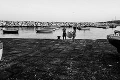 Naples, Italy 2018 (Lucio Frabotta) Tags: leicaq bw people leica rome roma street streetphotography streetlife photography blancoynegro summilux italia italy monochrome persone blackandwhite biancoenero noiretblanc monocromo monocrome mono