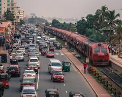 Wellawatte Evening Traffic (Nazly) Tags: srilanka colombo wellawatte train traffic galle road marine drive