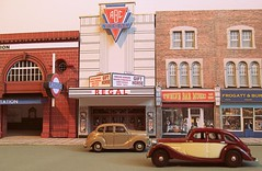 Regal ABC cinema (kingsway john) Tags: kingsway models card building kits 176 scale oo gauge rshawlbm regal cinema abc hrs cabc lg