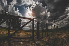 Tranqueras, nubes y sol (santoenremera82) Tags: fisheye 8mm sun sol nubes cloudy nikon 7100