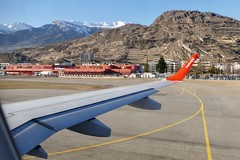 take off at Sion Airport Switzerland (roli_b) Tags: take off takeoff start starting embraer erj190 helvetic airways 2019 winter sion airport switzerland aeroport suisse aeropuerto suiza svizzera sir wallis valais aircraft airplane jet flugzeug flieger avion aeroe aviacao aviation
