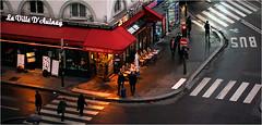Service Continu (patrick.tafani) Tags: paris bar restaurant route bus passagecloute passage clouté passagescloutés crosswalk street ville city urbain urban bistro bistrot orange blanc chaise chaises terrasse villed´aulnay