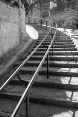 Balade dans les rues de Caromb -1 (LaurentBourdier) Tags: street rue streets caromb provence vaucluse france escaliers stairs pierres