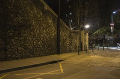 . (Le Cercle Rouge) Tags: malakoff france night nuit darkness light streets humans