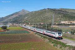 E402_175-Sezze-2019-02-24-ClaudioGori©_DSC2801 (Claudio Gori) Tags: icsun ic590 e402b e402175 intercity sezze lazio italia ferrovia treno rail locomotiva