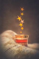 Stars tea (Ro Cafe) Tags: creativeaperture lensbaby singleglassoptic softfocus sonya7iii winter athome bokeh cosy cupoftea darkmood home macrolenskit shadesofbrown smileonsaturday starsbokeh tea textured wool blanket
