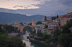 Bosnia & Herzegovina - Mostar - Stari Most (Harshil.Shah) Tags: bosnia herzegovina balkans mostar bridge stari most town city sunset evening river buildings mosque minaret neretva ottoman balkan architecture bosniaandherzegovina bosnaihercegovina bih europe