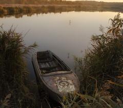 DSC_2838 (allex986) Tags: photography nature nikkor photo осень nikond7000 nikon beautiful ukraine bestpicture autumn красивыеместа d7000 boat лодка река river