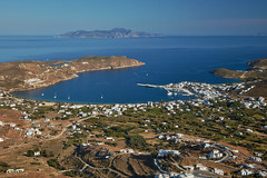 5 Islands: Serifos – View from chora (Thomas Mulchi) Tags: cycladesislands cyclades 2016 spring islandhopping southaegean greece villagestownsbuidlings landscape serifos egeo gr