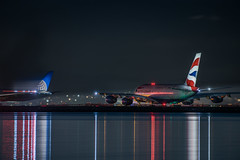 ba flight 286 holds for departure behind united taking off for sydney (pbo31) Tags: bayarea california nikon d810 color march 2019 boury pbo31 night dark black lightstream motion millbrae departure takeoff runway reflections sanfranciscointernational sfo airport airline plane travel flight aviation sanmateocounty a380 airbus britishairways 787 boeing united