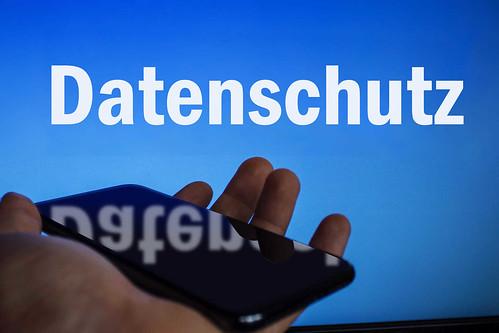 Datenschutz-auf-Bildschirm-und-Handy