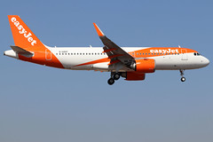 G-UZHT_02 (GH@BHD) Tags: guzht airbus a320 a32n neo a320200 a320251 a320251neo easyjet u2 ezy ace gcrr arrecifeairport arrecife lanzarote aircraft aviation airliner