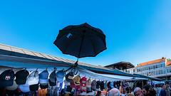 ESPAGNE   -ASTURIES - AVILES-BCN_4033-2 (bercast) Tags: 2017 asturies atlantique aviles espagne marchedepleinair ocean octobre parapluie spain ueautourdeshalles ville villeueautourdeshalles bc bercast