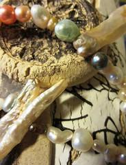 pearls (hussi48) Tags: perlen pearls halskette lookingcloseonfriday perlas stilleben naturemorte stillleben stilllife flickrfriday