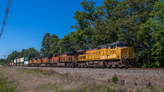 Foreign power on the B-line (NoVa Truck & Transport Photos) Tags: up bnsf ns union pacific burlington northern santa fe norfolk southern railroad intermodal double stack train class 1 manassas freight