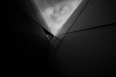 V (rainerralph) Tags: fe401224g wideangle sonyalpha schwarzweiss architecture sony weitwinkel facade a7r3 blackwhite fassade lowkey
