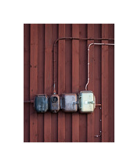 OW XXI ([ Time - Beacon ]) Tags: tb switch poweroutlet socket highvoltage wall wooden planks rural falu faluröd falured barn fusebox minimal minimalism