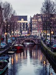 A0153090 (rpajrpaj) Tags: amsterdam city netherlands nederland nederlandvandaag bluehour thebluehour cityscape citylights