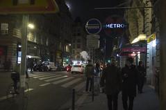 . (Le Cercle Rouge) Tags: paris france night nuit darkness light métro métropolitain sentier 75002 humans shadows silhouettes bourse