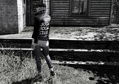 Nobody knows, nobody sees, nobody but me. (MATTY // *OMG*) Tags: sl secondlife photo photography art blackandwhite bw male blogger blog style lotd look outfit mesh event new semller sneakers sneaks jacket leather jeans denim ascend biker versov modulus hair themensdept tmd
