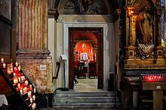 Una visita a la Basílica de la Mercè (Fnikos) Tags: church iglesia església basílica capella architecture wall column construction steps candle icon shadows sculpture statue light decoration color colour colors indoor