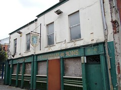 Pats Bar 19-21 Princes Dock Street Belfast (Whiteabbey71) Tags: pats bar princes dock street belfast sailortown nortnern ireland pj brennan sons ghost sign signs hand painted handpainted derelict abandoned sailor town docks harbour pub public house north