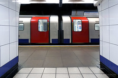 Central at Walthamstow Central (Luke Agbaimoni (last rounds)) Tags: lo london underground