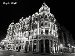 Edificio Santa Lucía, Casa Conde (Asturias, Oviedo) (daviddiez2106) Tags: oviedo asturias ciudad city blancoynegro bw arquitectura edificio
