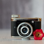 Petie subminiature camera thumbnail