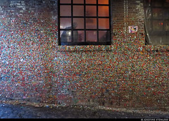 20180610_3 The chewing gum wall in Seattle, Washington (ratexla) Tags: ratexlasalaskatrip2018 ratexlasgreentortoisetrip2018 10jun2018 2018 seattle washington washingtonstate wa canonpowershotsx50hs travel travelling traveling journey epic photophotospicturepicturesimageimagesfotofotonbildbilder vacation holiday semester backpacking wanderlust resaresor cool summer usa unitedstates unitedstatesofamerica theunitedstates theunitedstatesofamerica theus thestates america american gumwall tuggummi gum northamerica earth tellus city town stad ontheroad building buildings brick wall bricks tegel tegelvägg ewww ashitloadof favorite