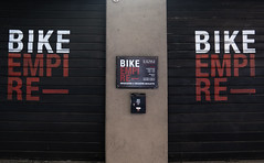 Bike Empire (Alfredo Liverani) Tags: canong5x canon g5x pointandshoot point shoot ps flickrdigital flickr digital camera cameras italia italy italien italie emiliaromagna emilia bologna bononia bologna2019 0622019 project365062 project365030319 project36503mar19 oneaday photoaday pictureaday project365 project project2019 2019pad